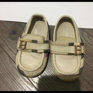 Burberry boys shoes